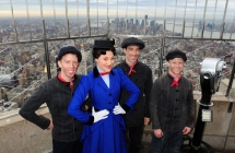 Geoffrey Goldberg, Steffanie Leigh, Jesse Swim and Barrett Davis at the top of the Empire State Building